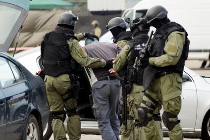Un an d'état d'urgence : la régression de l'Etat de droit