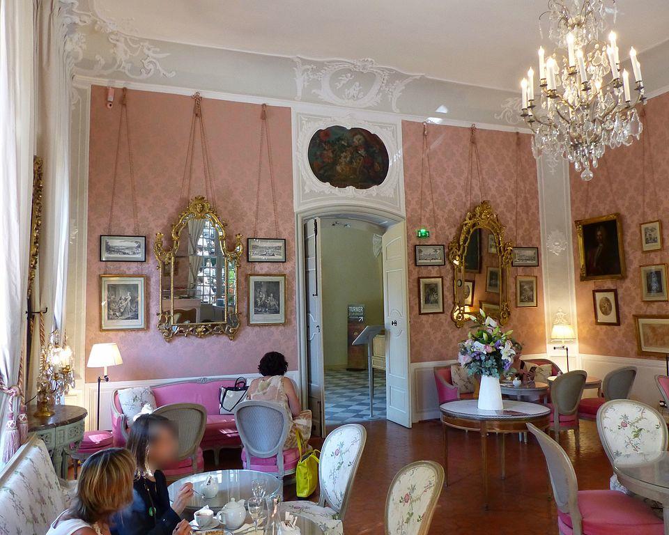 Hôtel de Caumont Finoskov, Wikimedia Commons