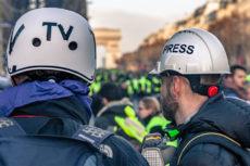"""""""Je t'aime, moi non plus"""" les """"gilets jaunes et les médias de masse, Pierre-Emmanuel Guigo"""