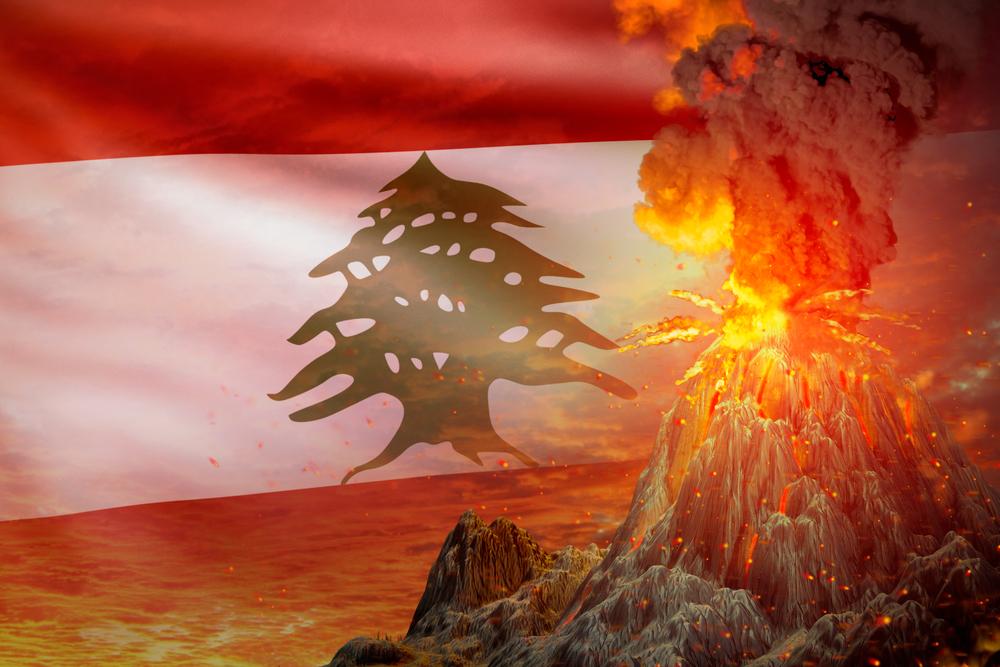 Illustration drapeau libanais et éruption volcanique