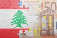 Drapeau du Liban et billet de 50 euros en puzzle