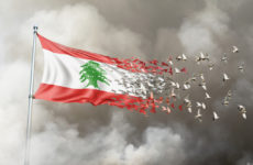 Drapeau libanais se décomposant sous forme d'oiseaux