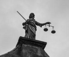 Statue Déesse de la Justice Dublin